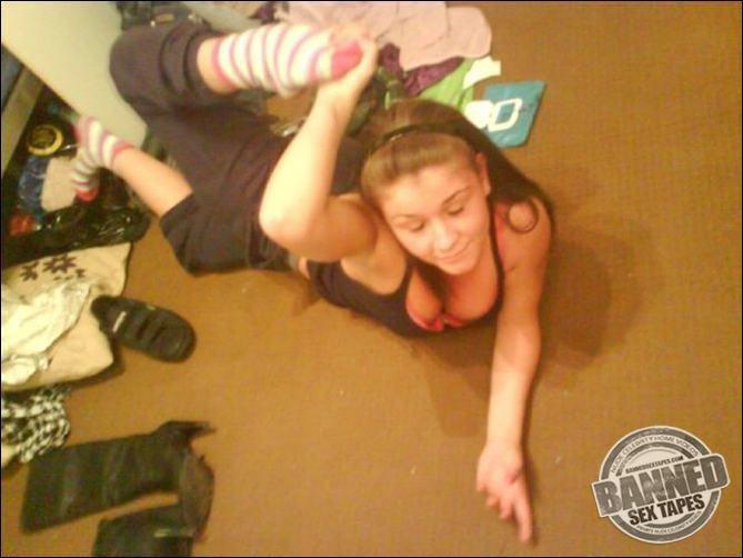 Massachusetts amateur girl