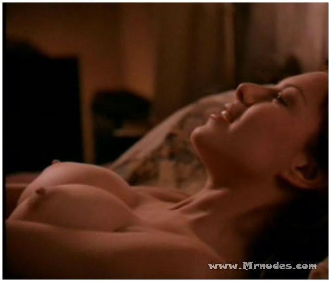 Ashley Judd naked photos. Free nude celebrities.