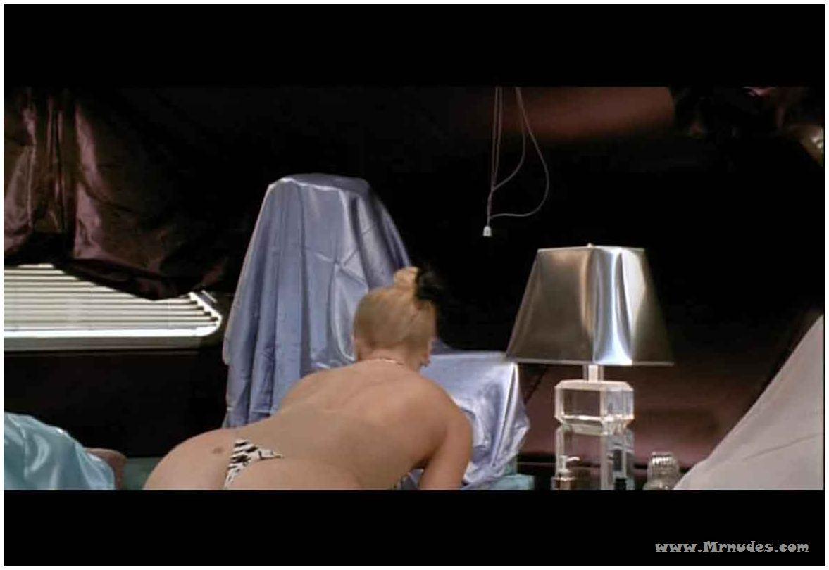 MILF! this free nude goldie hawn