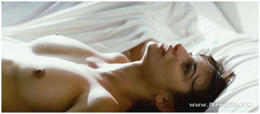 Fotos de Penélope Cruz desnuda, tetas, pezon, culo,