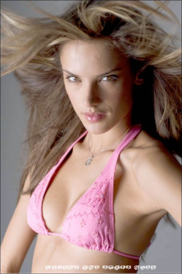 alessandra ambrosio topless and pink lingerie photos free celebrity