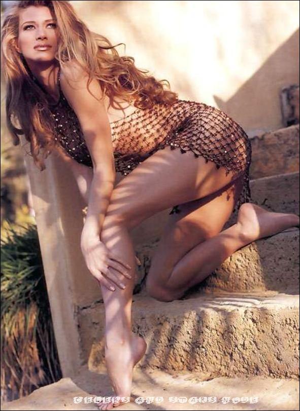 Amber smith free nude pics