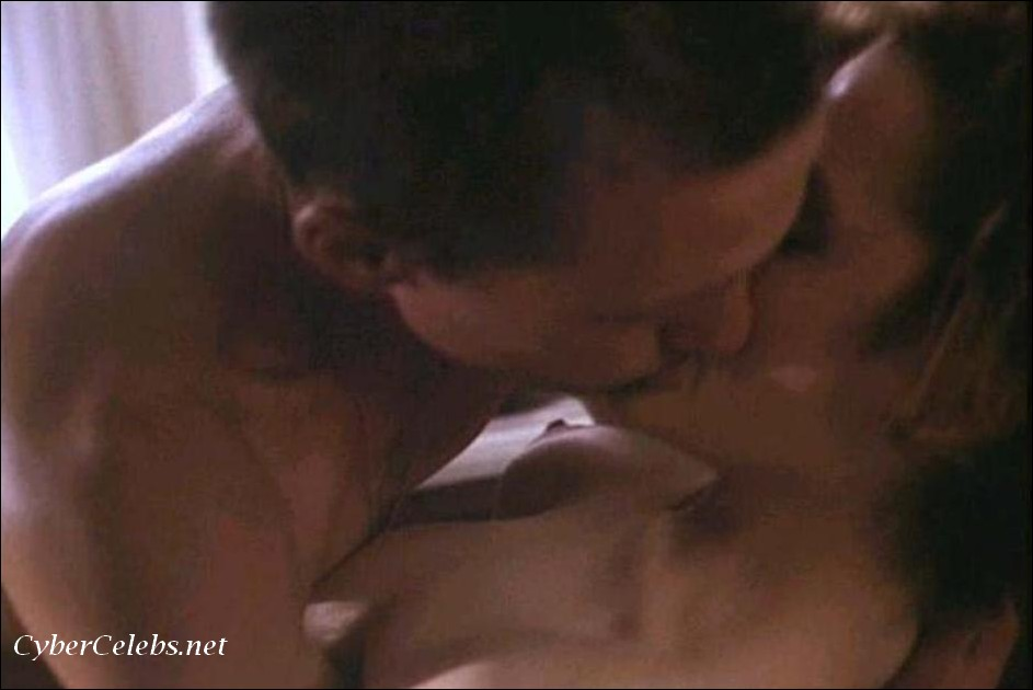 Gillian anderson nude pics free