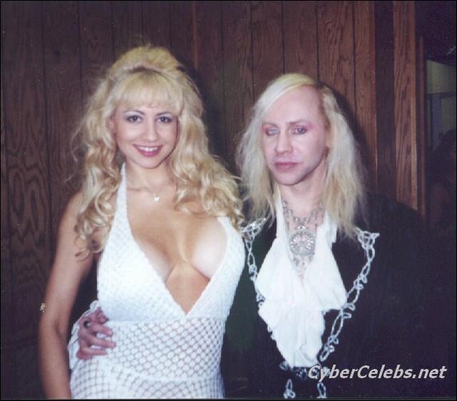 Blondes who love black dicks
