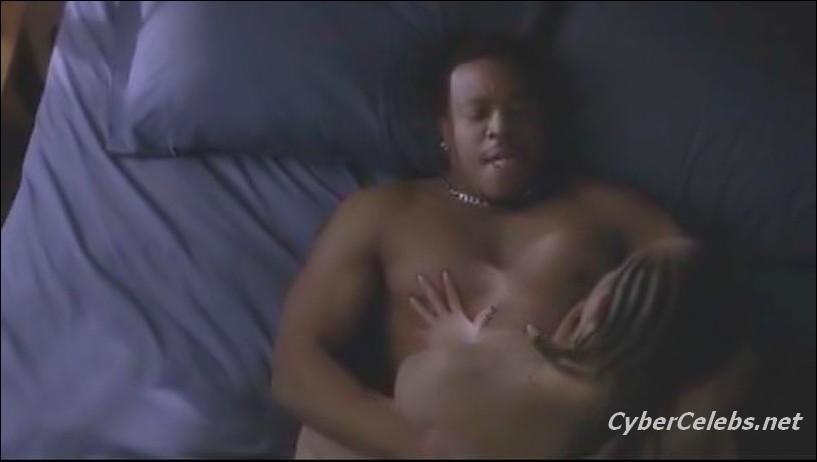 girl on girl eating pussy in the shower